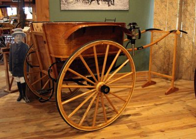 Governess Cart - Northwest Carriage Museum